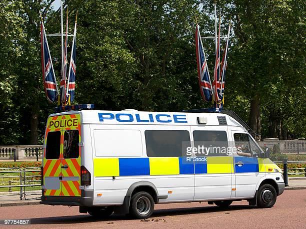 Police Van outside Buckingham Palace
