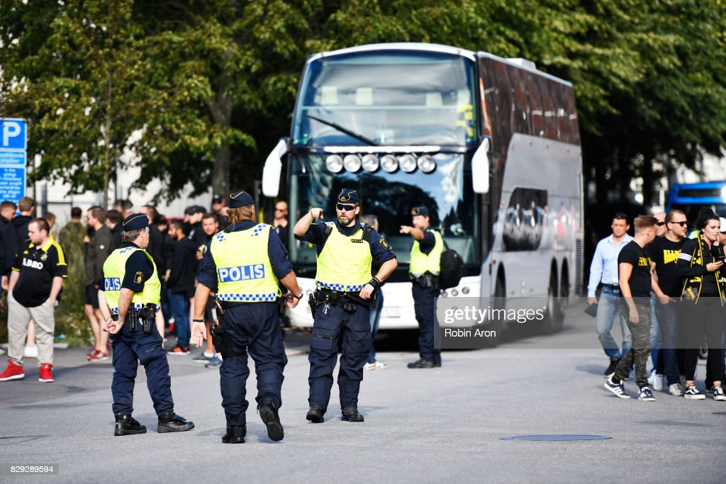 Police watches as AIK fans arrive to the arena during the Allsvenskan match between IFK Goteborg and AIK at Gamla Ullevi on August 10, 2017 in Gothenburg, Sweden.