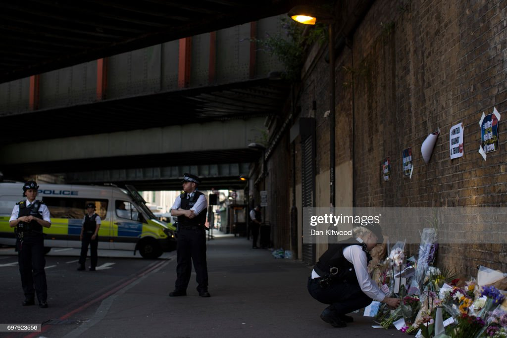 Casualties Reported After Van Strikes Worshippers Leaving Ramadan Prayers in London : News Photo