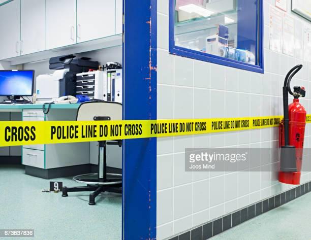 policeline do not cross - 消火器 ストックフォトと画像