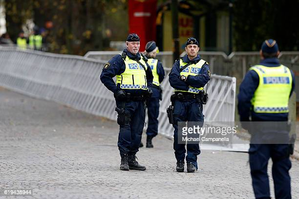 Policemen on guard prior the arrival of Pope Francis at Kungshuset on October 31 2016 in Lund Sweden The Pope is on 2 days visit attending...