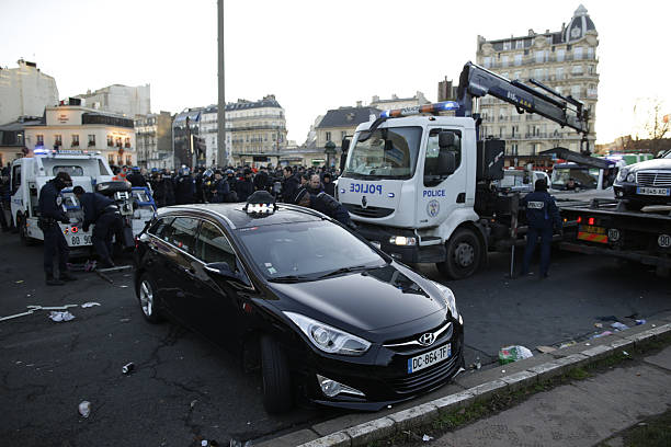 French Taxis Drivers Continue To Demonstrate Against Uber In Paris - Taxi porte maillot