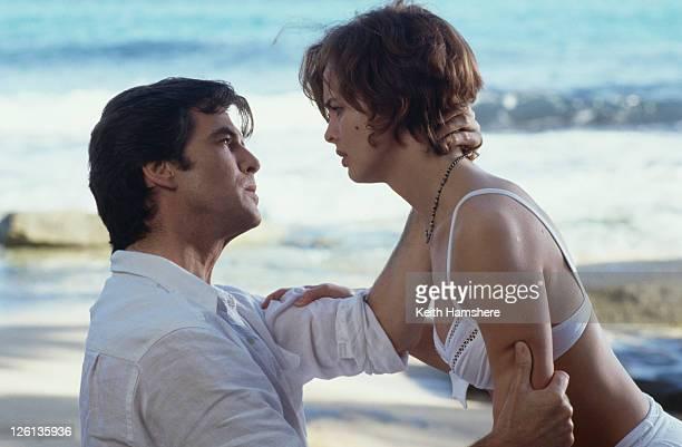 Polish actress Izabella Scorupco films a scene with Irish actor Pierce Brosnan at Laguna Tortuguero Beach Puerto Rico for the James Bond film...