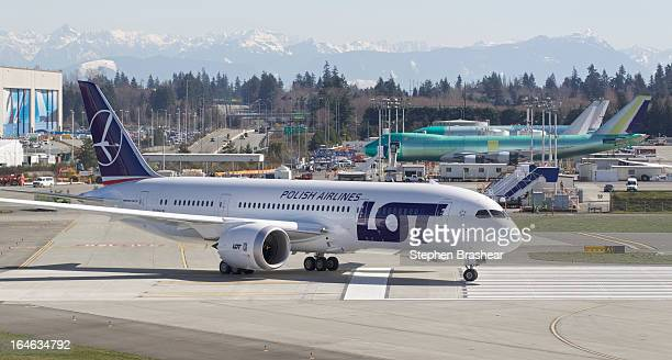 Polish Airlines Boeing 787 Dreamliner with a redesigned lithium ion battery taxis from the flight line to the runway before a test flight March 25...