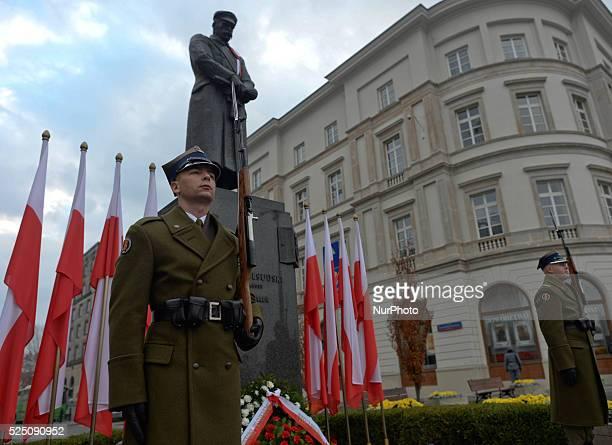 Polish Independence Day ceremony President Bronislaw Komorowski laid a wreath at Marshal Pilsudski statue in Warsaw Poland 11 November 2014 Photo...