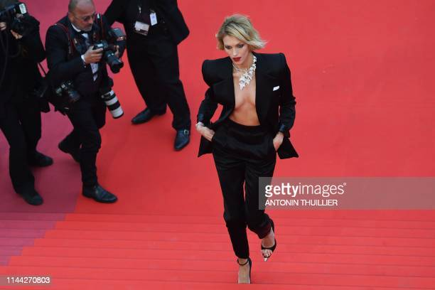 TOPSHOT Polish model Anja Rubik arrives for the screening of the film Dolor Y Gloria at the 72nd edition of the Cannes Film Festival in Cannes...