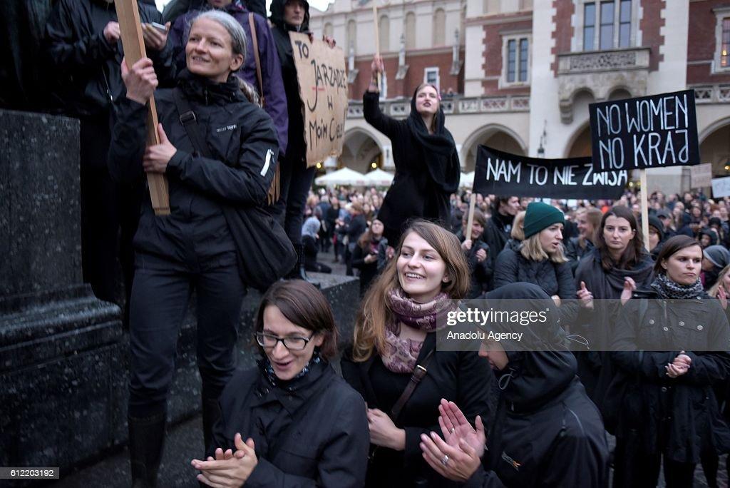 'Black Monday Protest' in Poland : News Photo