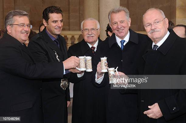 Polish President Bronislaw Komorowski, Mayor of Karlovy Vary Werner Hauptmann, Czech President Vaclav Klaus, Hungarian President Pal Schmitt and...