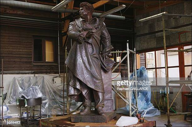 Polishing phase of the statue of Alexandre Dumas realized by JeanLoup Bouvier in the workshops of the Coubertin foundry in SaintRemylesChevreuses...