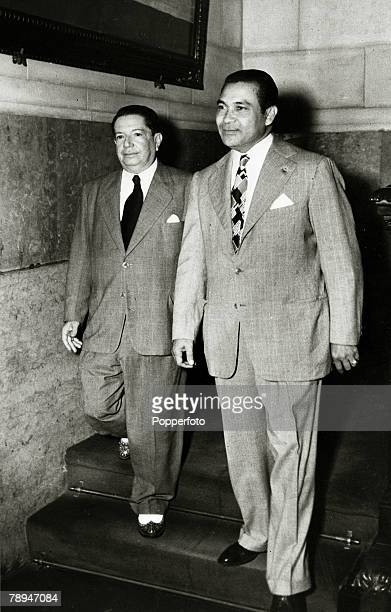 1948 HavanaThe former President of Cuba Fulgenci Batista right accompanied by Senator Pedro Blanco arrives at the Capitolio to take his seat in the...