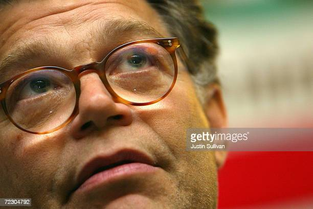 Political pundit Al Franken meets with volunteers at the democratic party headquarters October 1 2004 in San Francisco California Franken stopped by...