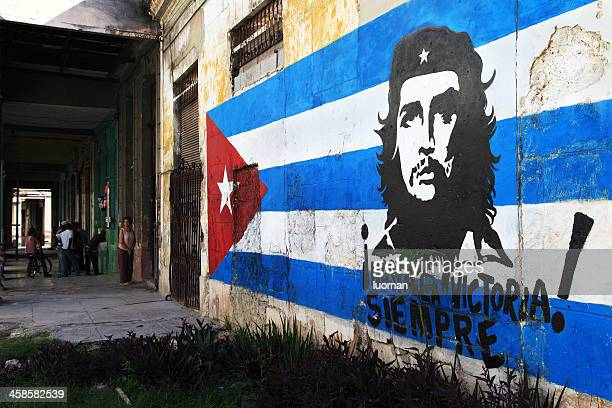 political sign in old habana - 1950 1959 stock pictures, royalty-free photos & images