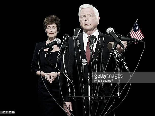 politician and his wife - president fotografías e imágenes de stock