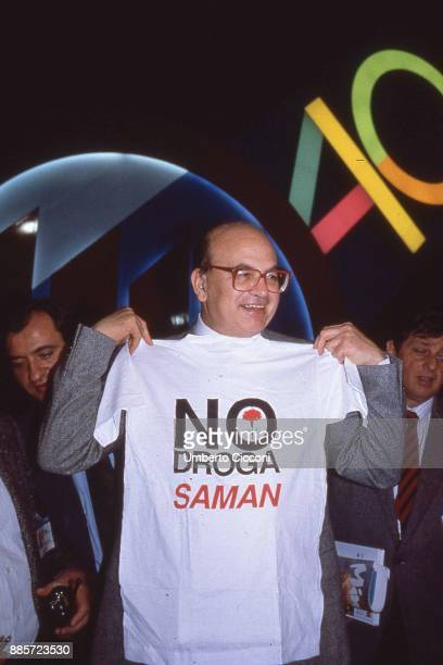 Politician Bettino Craxi wears the tshirt with the slogan 'No Drug' made by association 'Saman' Milan 1989