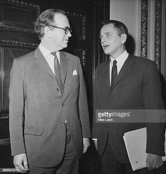 Politician George Thomson Chancellor of the Duchy of Lancaster and Swedish Prime Minister Olof Palme meeting at the Foreign Office London April 7th...