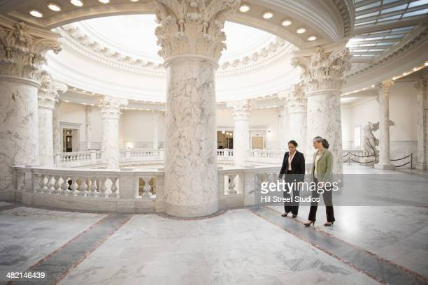 politicians talking in government building - local government building stock pictures, royalty-free photos & images