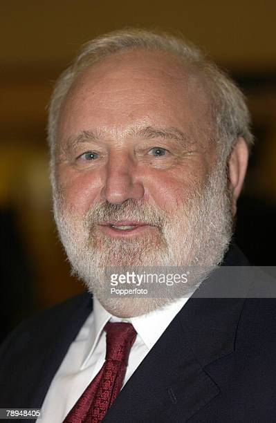 Politics Bournemouth England 1st October 2003 Labour Party Conference Frank Dobson MP