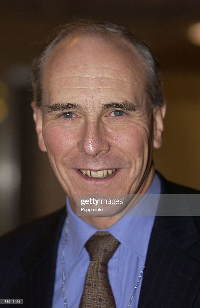 Politics. Brighton, England. 25th September 2003. Liberal Democrats Party Conference. David Rendel, MP. : News Photo