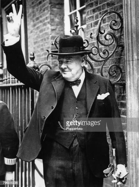 Politics London England 30th December British Prime Minister Winston Churchill gives the famous V sign as he leaves Number 10 Downing Street during...
