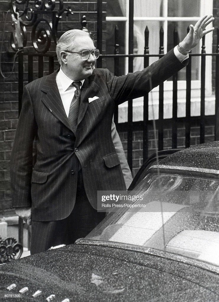 Politics, London, England, March 1979, British Prime Minister James Callaghan waves as he leaves 10 Downing Street on his way to see the Queen to dissolve Parliament, He was defeated in a vote of no confidence and a general Election is now pending