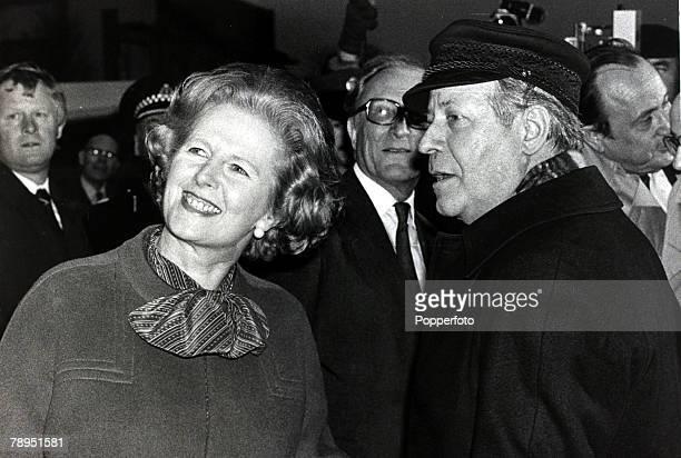 1980 London England British Prime Minister and Conservative Party leader Margaret Thatcher with German Chancellor Helmut Scmidt Margaret Thatcher...