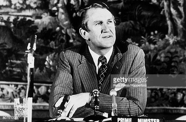 May 1977 Australian Prime Minister Malcolm Fraser speaking at a press conference at Australia House London