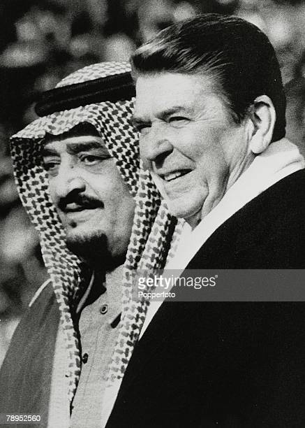 Politics, Personalities, USA, pic: February 1985, Washington D,C, President Ronald Reagan with the Saudi Arabian King Fahd during a welcome ceremony...