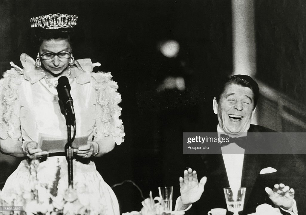 """Politics. Personalities. USA. pic: March 1983. San Francisco. President Ronald Reagan roars with laughter at a joke delivered """"deadpan"""" style by HM.Queen Elizabeth which remarked on the California weather. Ronald Reagan (born 1911) became the 40th Preside : News Photo"""
