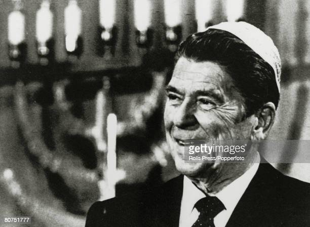 October 1980 Van Nuys California President Ronald Reagan speaking at Jewish synagogue Ronald Reagan became the 40th President of the United States...