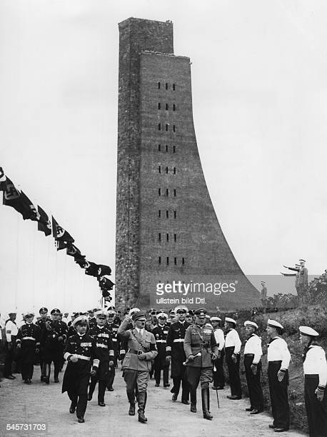 Politics Skagerrak ceremony and dedication of the NavyMonument in in Laboe near by Kielfrom left Generaladmiral Erich Raeder Adolf Hitler...