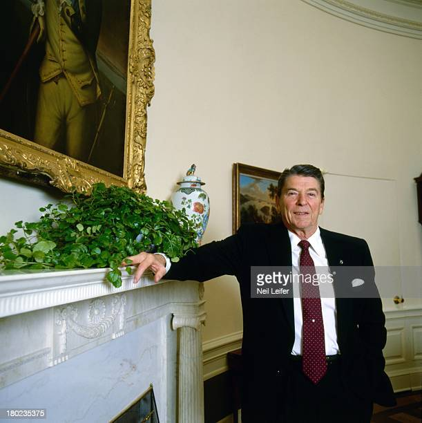 Washington Summit Portrait of United States President Ronald Reagan in the Oval Office at The White House Washington DC CREDIT Neil Leifer