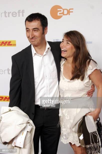Politiker Cem Özdemir und Ehefrau Pia Maria Castro anläßlich ZDFSommerfest in Berlin