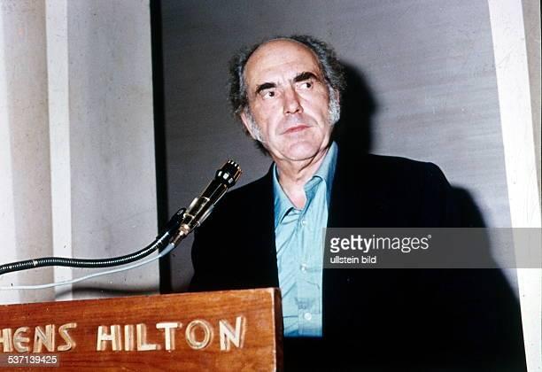 Politiker PASOK Griechenland bei einer Rede im Athener Hilton Hotel 1974