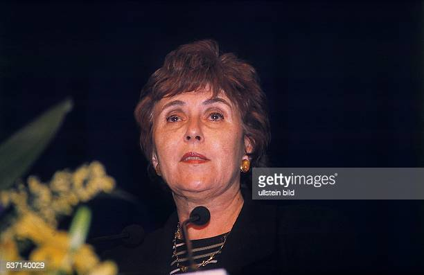 Politikerin , Frankreich, 1991-1992 Ministerpräsidentin, 1995-1999 EU-Kommissarin , - Porträt, - März 1999