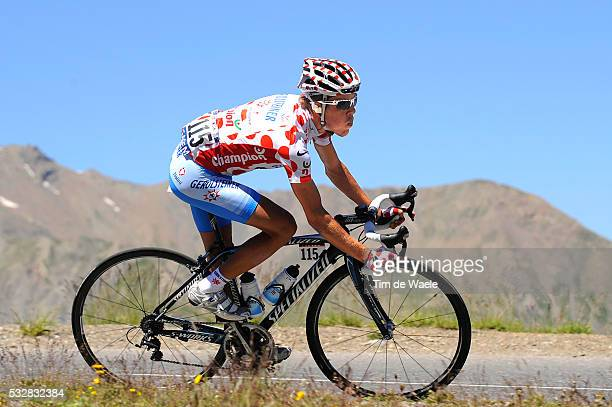 Polka dot jersey Bernhard Kohl during stage 17 of the 2008 Tour de France between Embrun and L'Alpe-D'Huez.