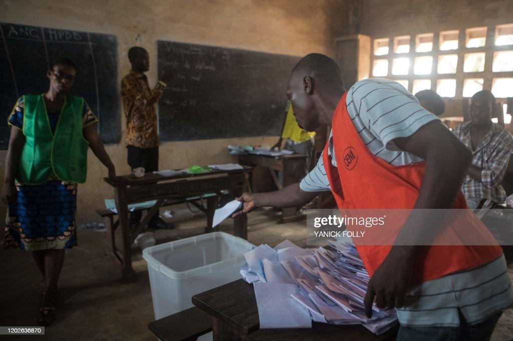 TOGO-POLITICS-VOTE : News Photo
