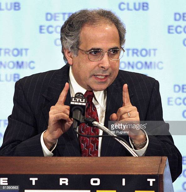 Pollster John Zogby President and Chief Executive Officer of Zogby International addresses the Economic Club of Detroit on October 4 2004 in Troy...
