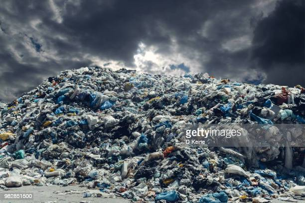 pollution - plastic pollution stock pictures, royalty-free photos & images