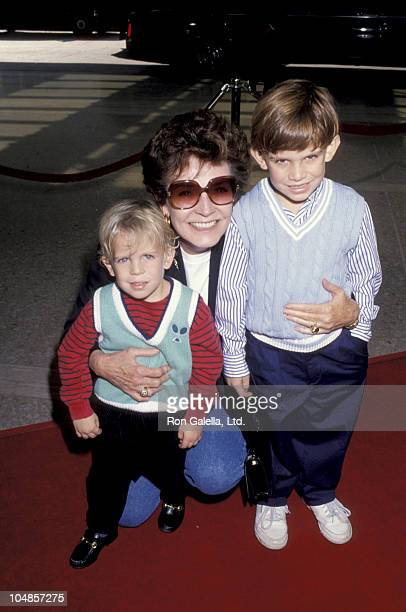 Polly Bergen grandchildren Monty Zach during 'Home Alone 2 Lost in New York' Premiere Hosted by United Artist Theatres at Century City in Century...