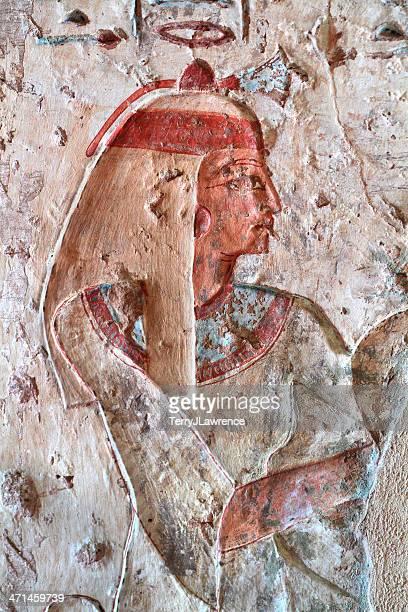 polychrome parete sollievo, tomba di setau, el-kab, alto egitto - antico egitto foto e immagini stock