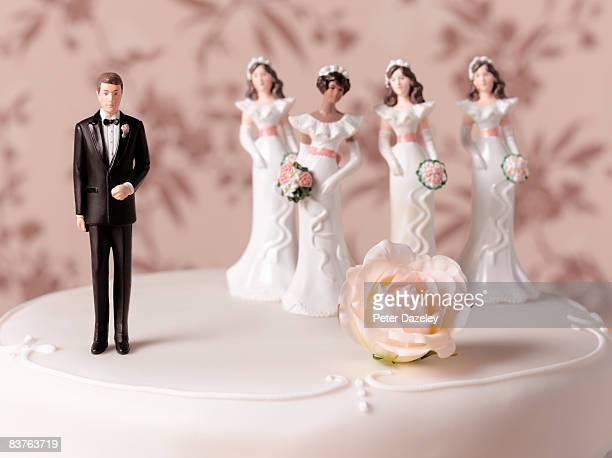 polygamy wedding cake - bigamy stock pictures, royalty-free photos & images
