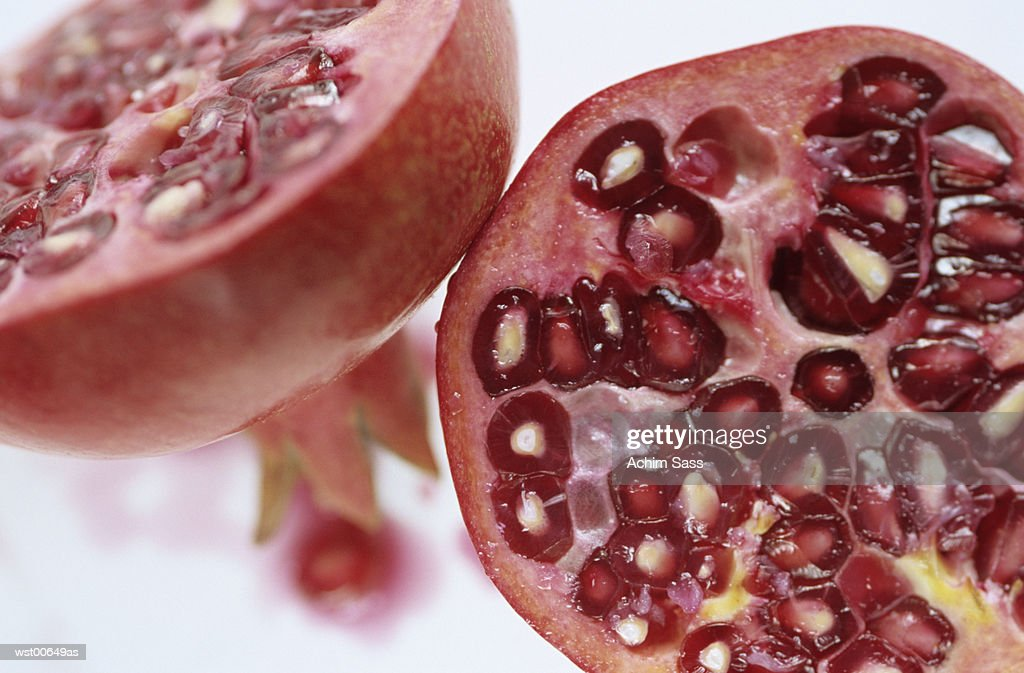 Pomegranate, cross-section, close up : ストックフォト