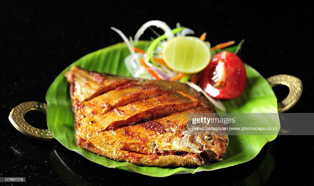 Pomfret fish fry : Stock Photo