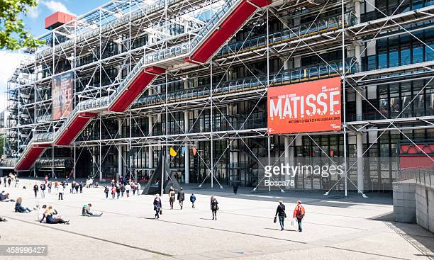 pompidou center in paris, frankreich - henri matisse stock-fotos und bilder