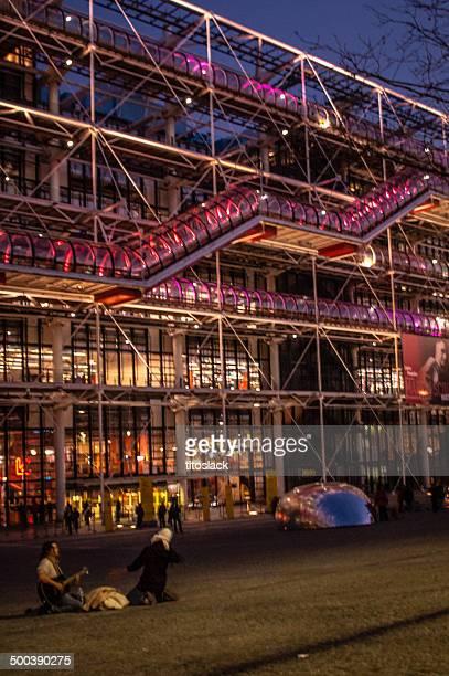 pompidou center - centre georges pompidou stock-fotos und bilder