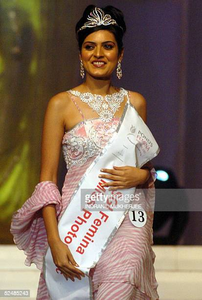 Pond's Femina Miss India 2005 Miss Photogenic Pooja Arora smiles during the finals of in Bombay 27 March 2005The winners of this year's Pond's Femina...