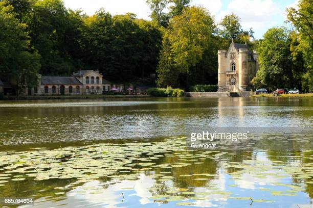étangs de commelles in oise - chantilly picardy stock pictures, royalty-free photos & images