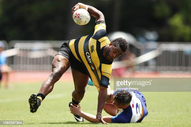 Poniani Batiniu of Taranaki charges forward against Bay of Plenty during the TECT National Sevens tournament at Tauranga Domain on December 15 2018...