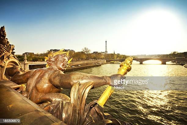 pont pont alexandre iii à paris - pont alexandre iii photos et images de collection