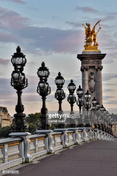 pont alexandre iii bridge paris - ガス燈 ストックフォトと画像